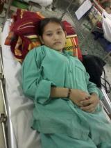 Hãy giúp bé Hiền được trở lại với trường học, gia đình, bạnbè